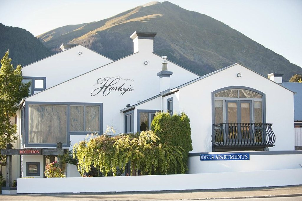 ‪Hurley's of Queenstown‬