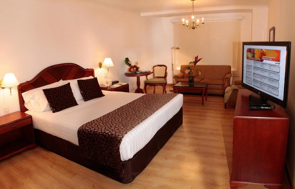 ホテル ポブラド プラザ