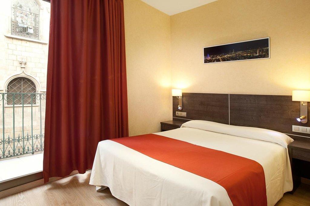 費南多旅館