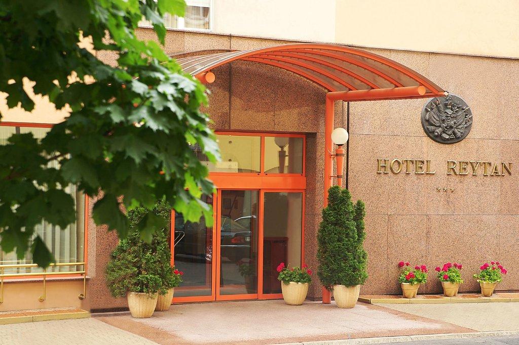 Reytan Hotel