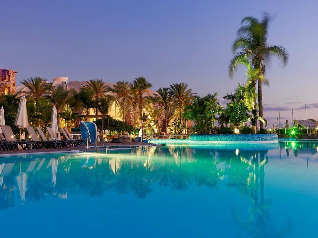 H10梅洛尼拉斯海灘皇宮酒店