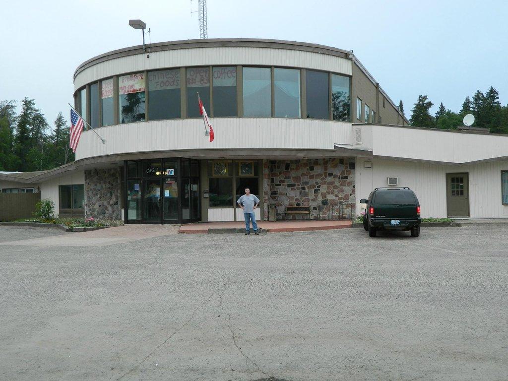 Falcon Lake Hotel