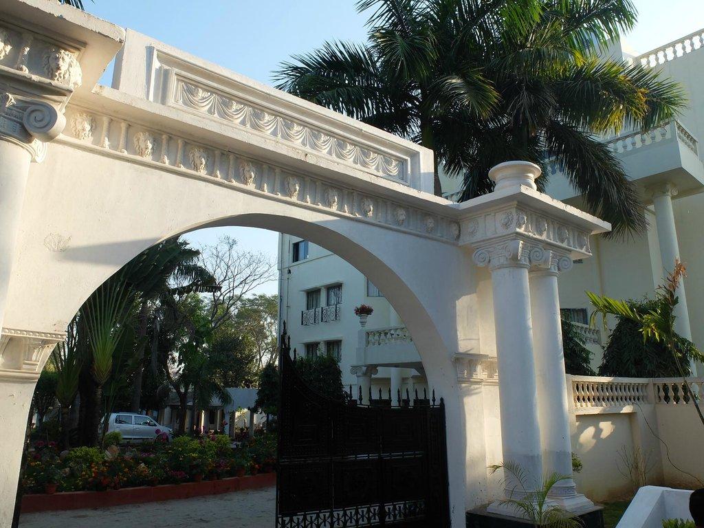 Camellia Hotel & Resort