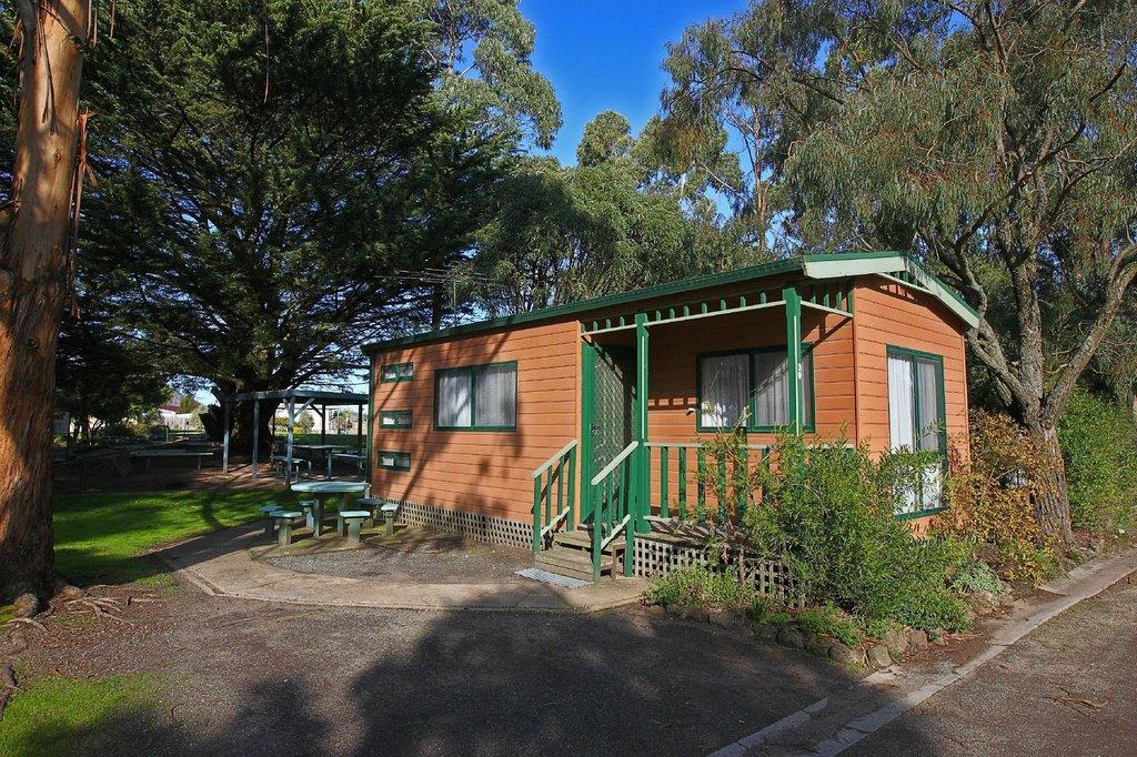 Shady Acres Caravan Park