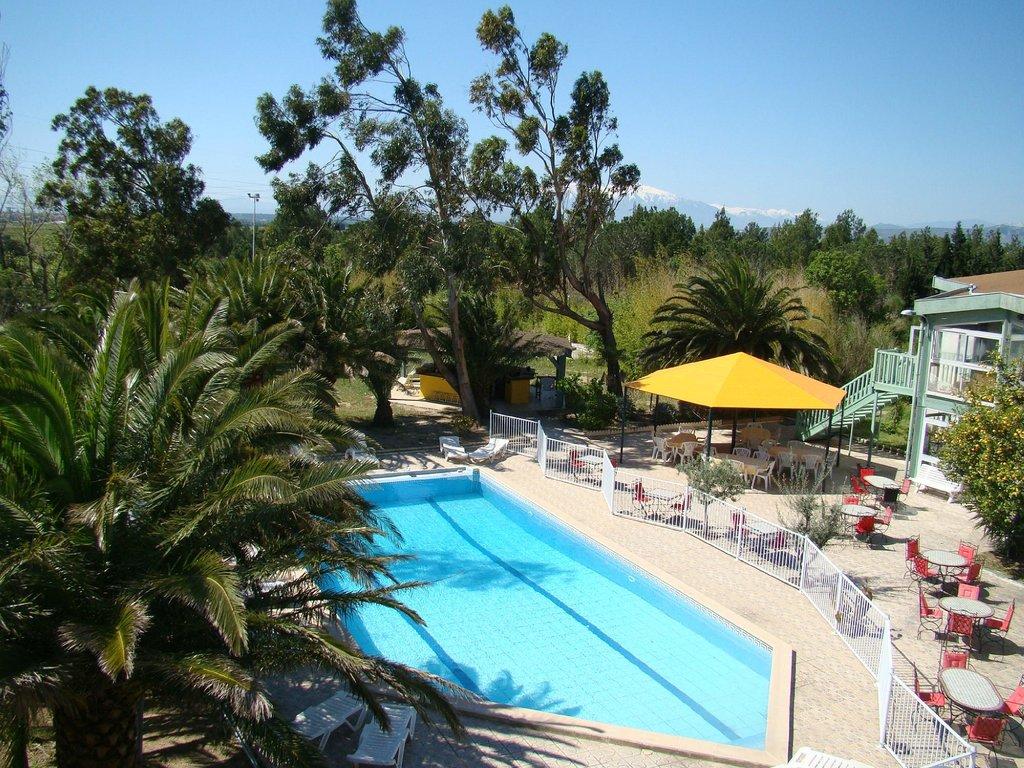 Le Tropic Hotel