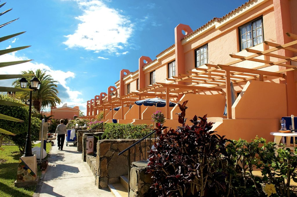 Jardin del Sol Apartments