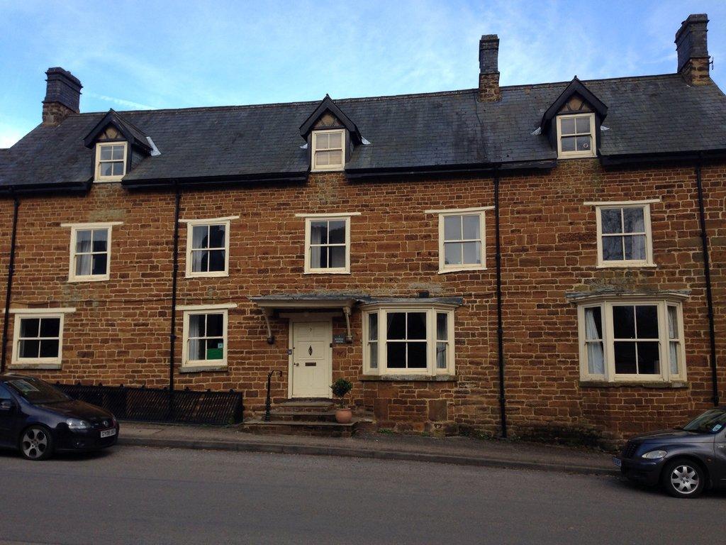 Kendal House