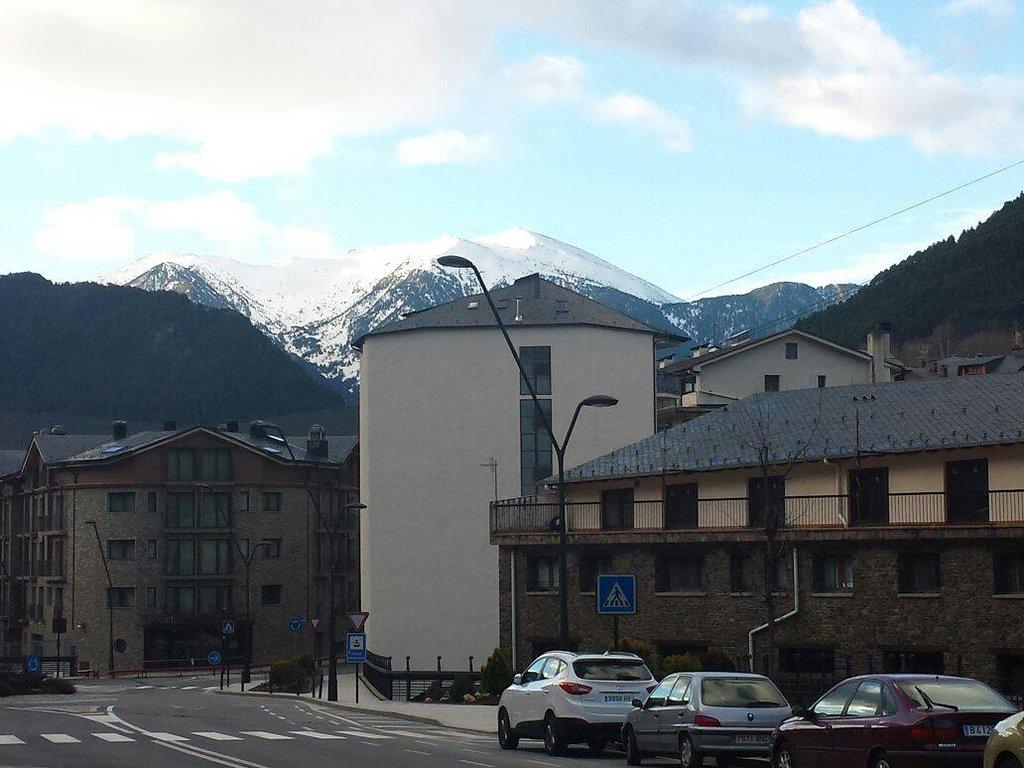 Front - La Massana