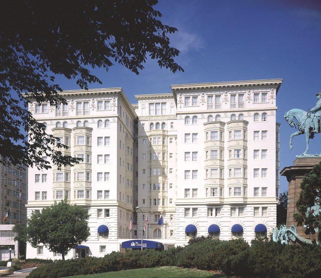 丘吉尔使馆酒店