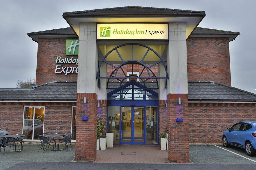 Holiday Inn Express Lichfield