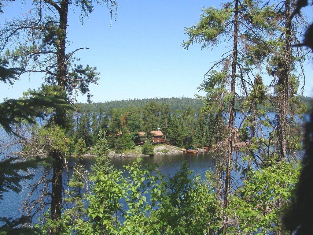 Loch Island Lodge