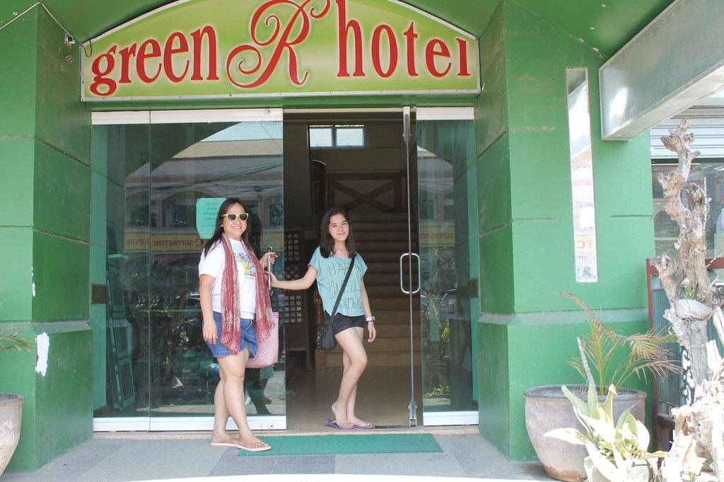 Green R Hotel