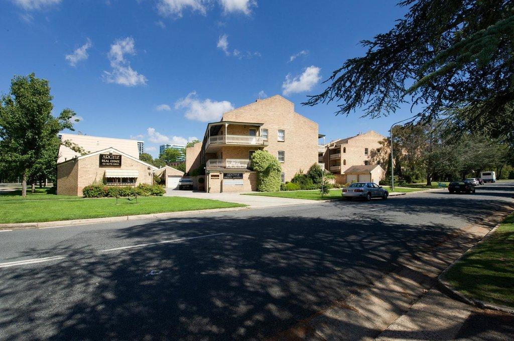 Argyle Executive Apartments