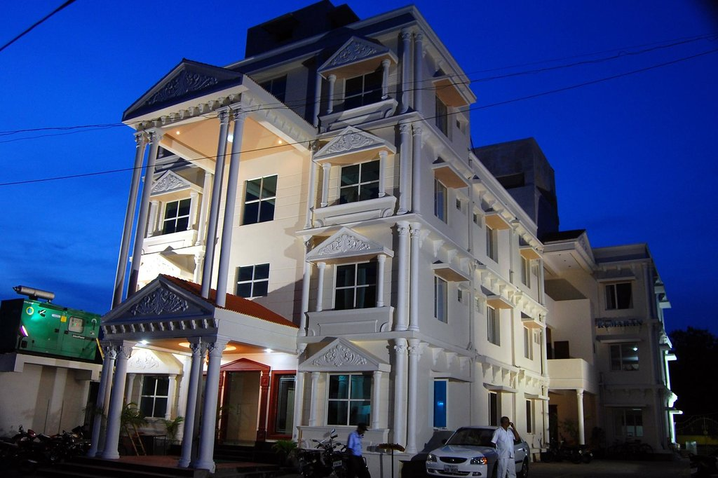 Kumaran Residency