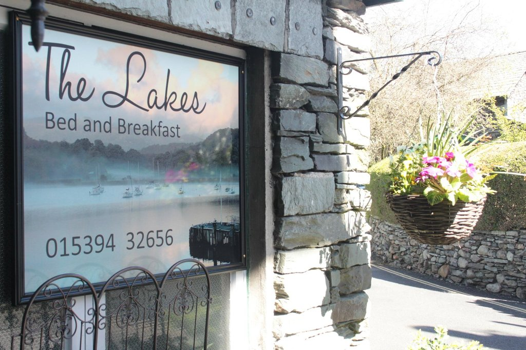 The Lakes B&B
