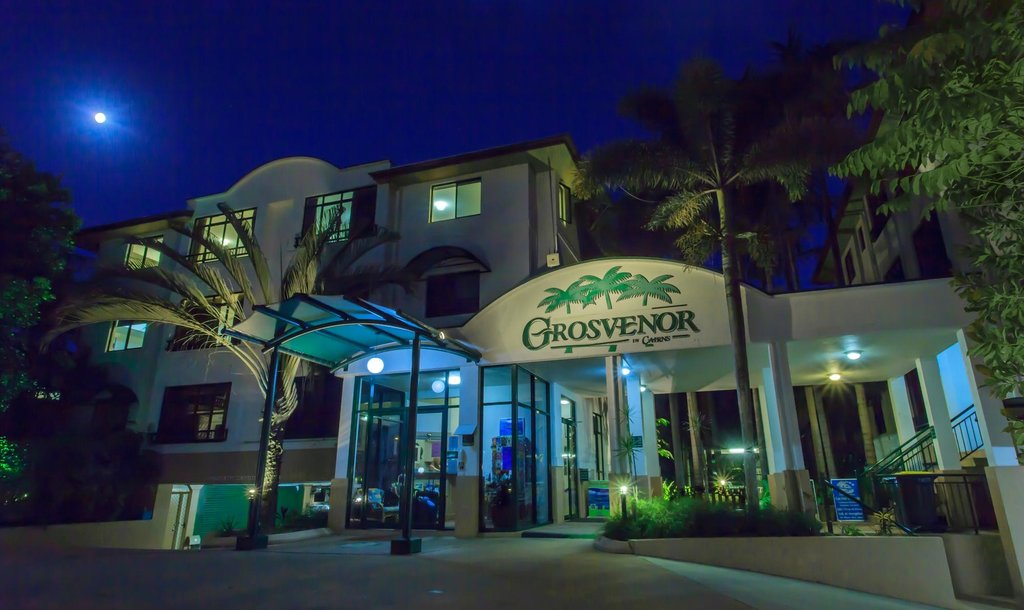 ‪Grosvenor in Cairns‬