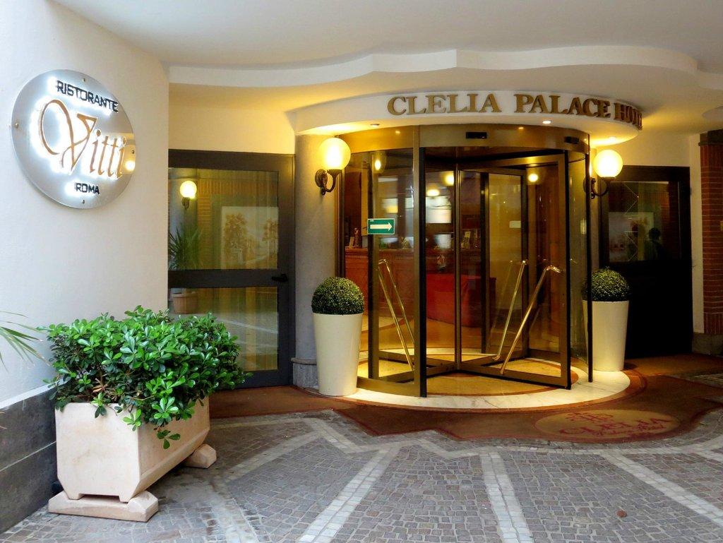 Clelia Palace
