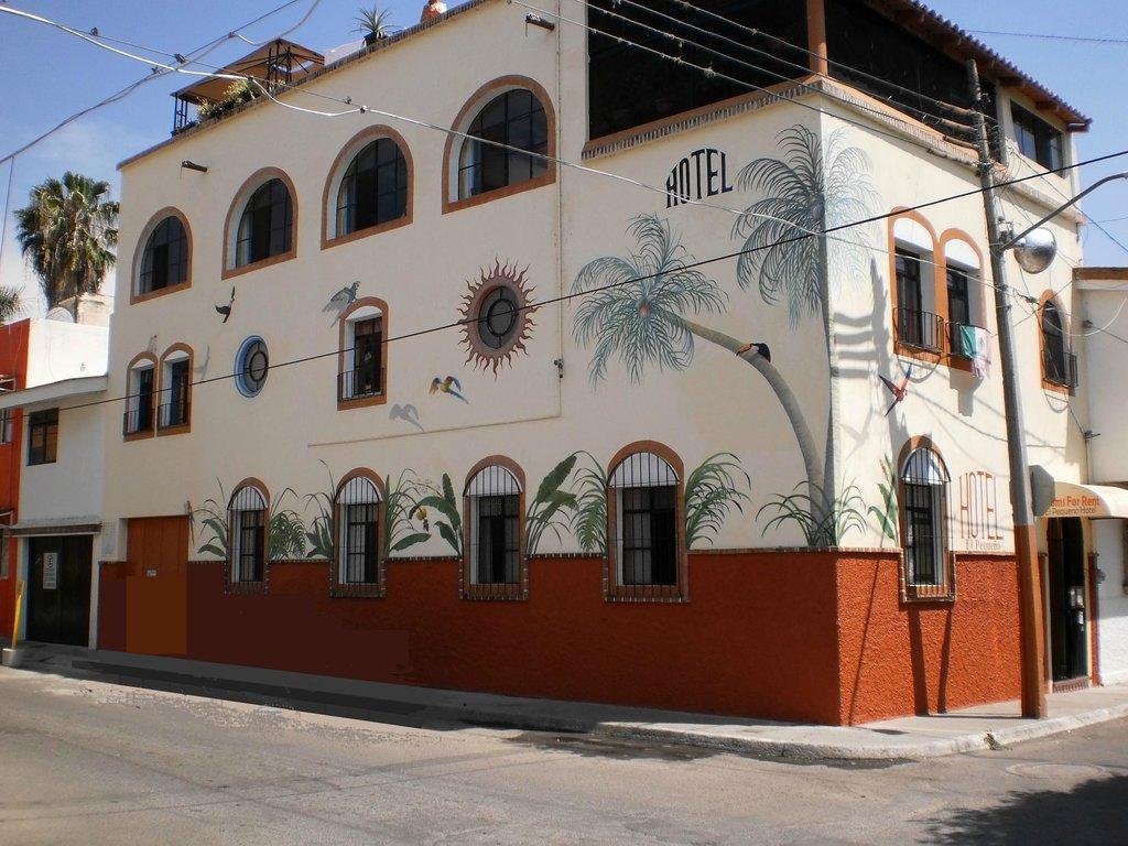 El Pequeno Hotel