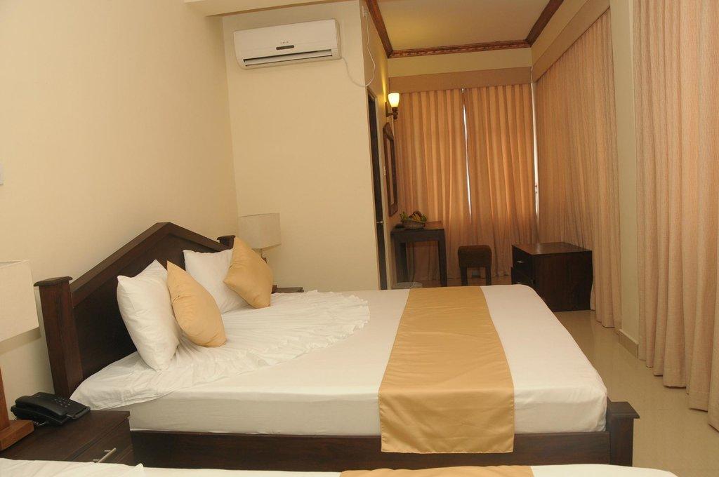 Sunhill Hotel Katunayake