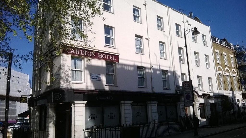 ロンドン カールトン ホテル