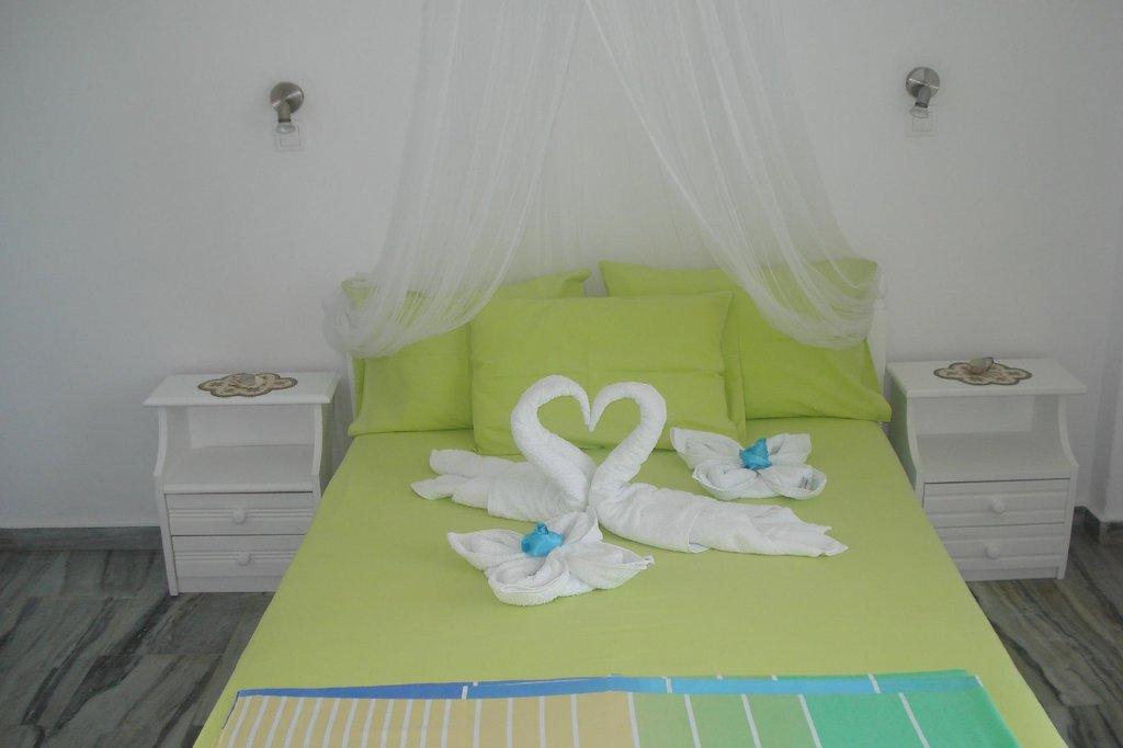 Carmel studios-apartment-villa