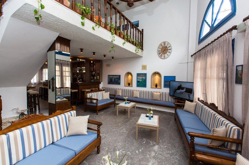 Hotel Adamakis