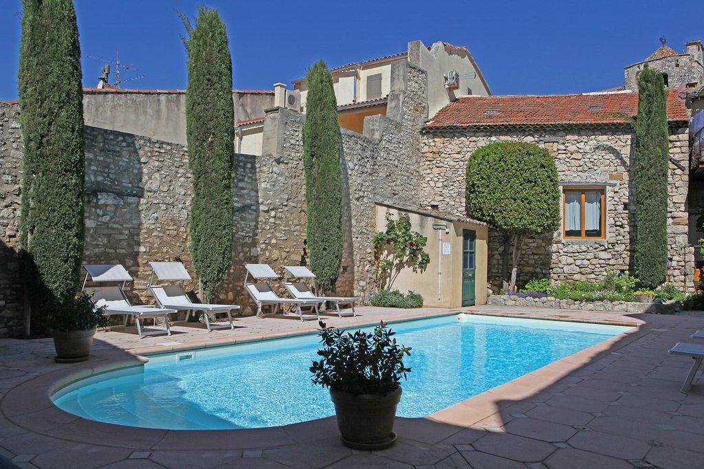 Villa Velleron