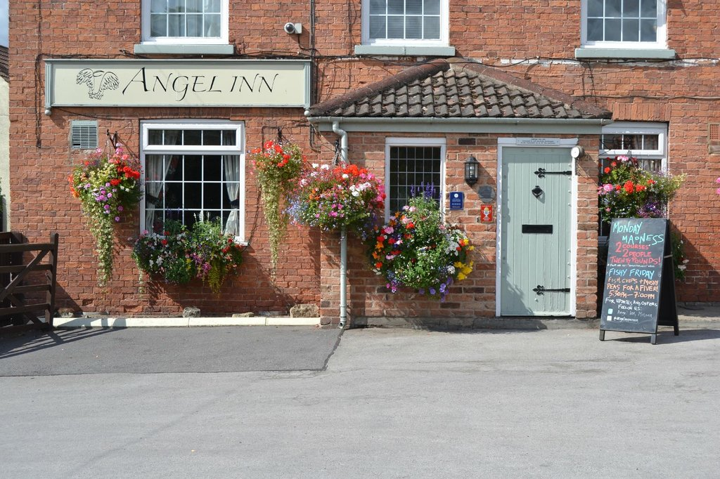 Angel Inn & Lodge