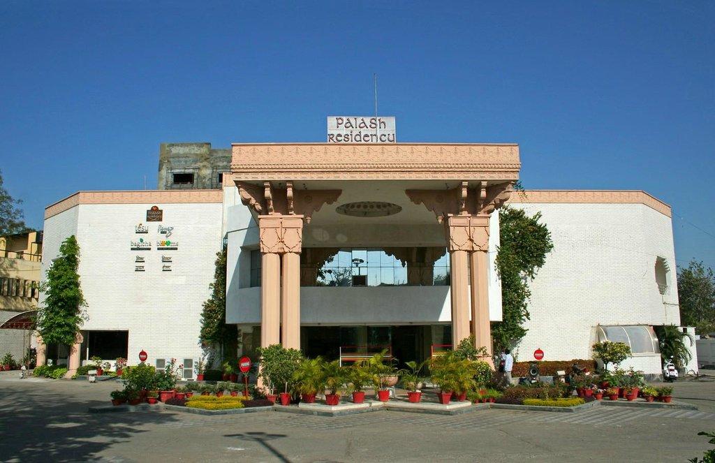Hotel Palash Residency