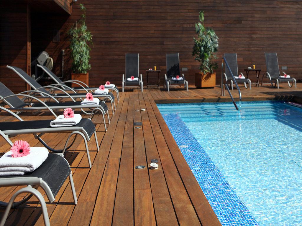 Lleo Hotel