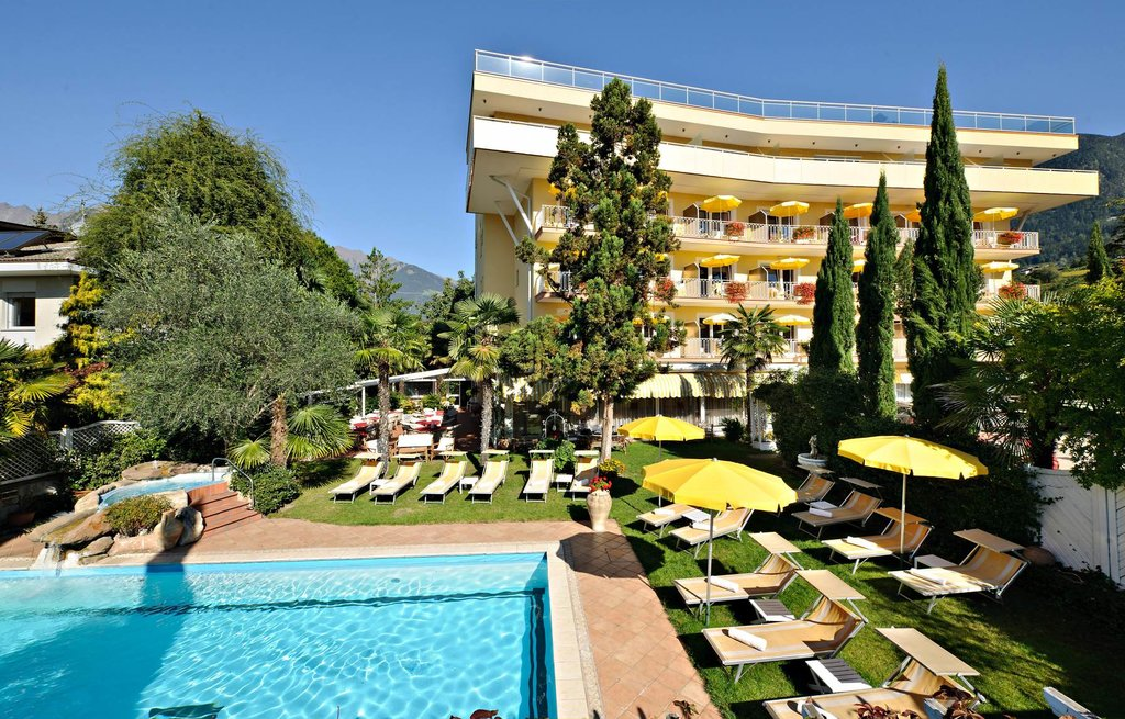 Anatol Hotel