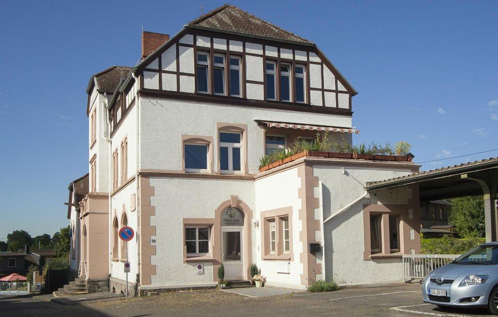Lok-Inn