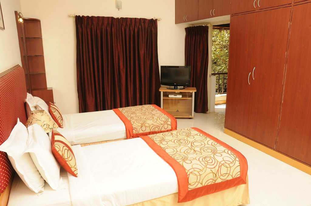 Executive Comfort UNA Xpress Mylapore