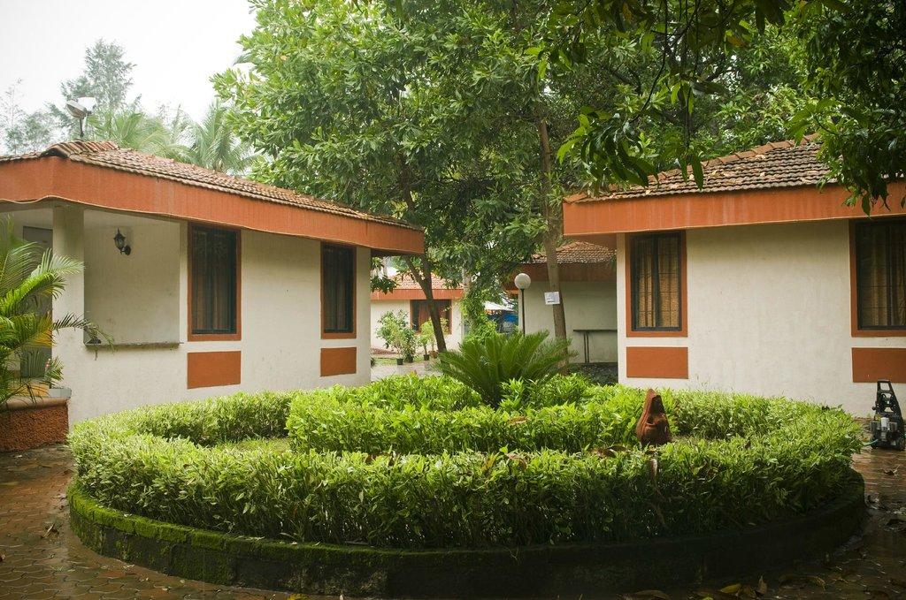 Srushti Farms