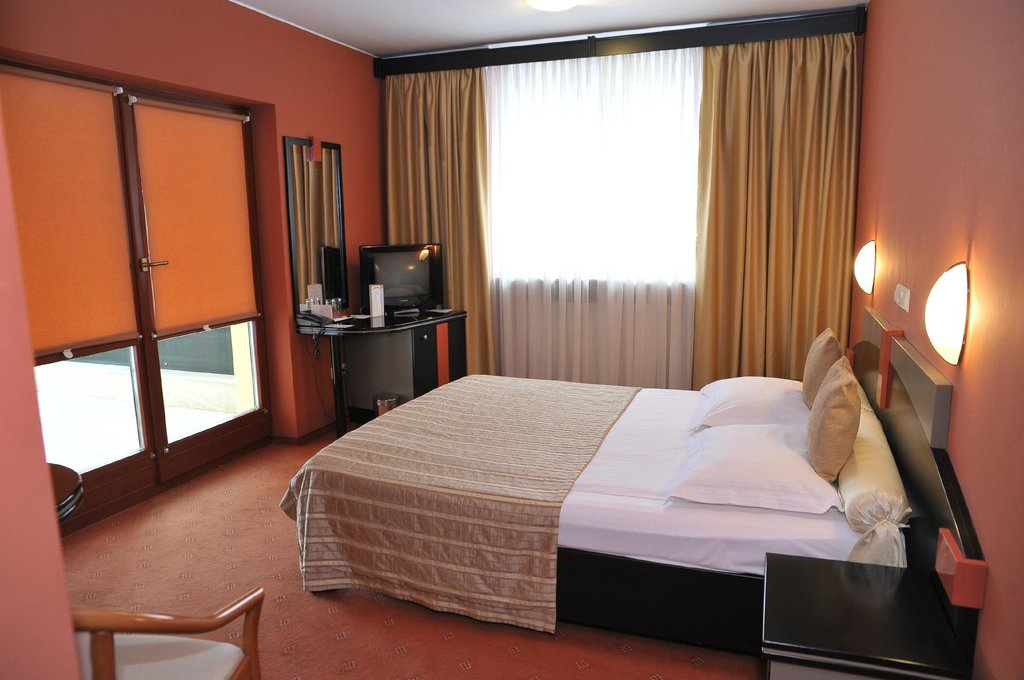 Hunguest Hotel Fenyo
