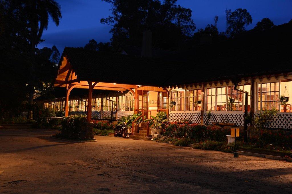 バンダラウェラ ホテル