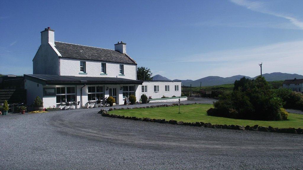 Ballygrant Inn & Restaurant