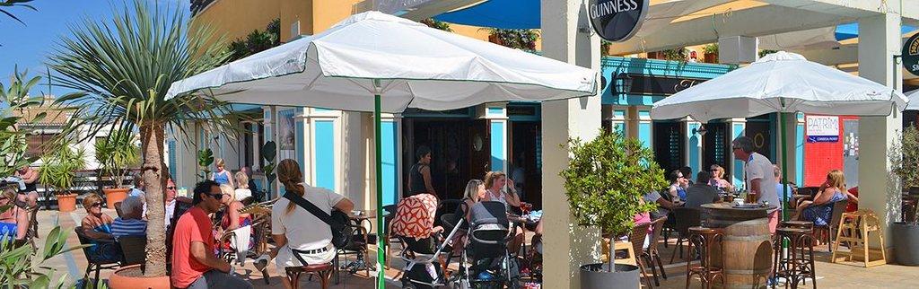 Tradewinds Bar & Restaurant