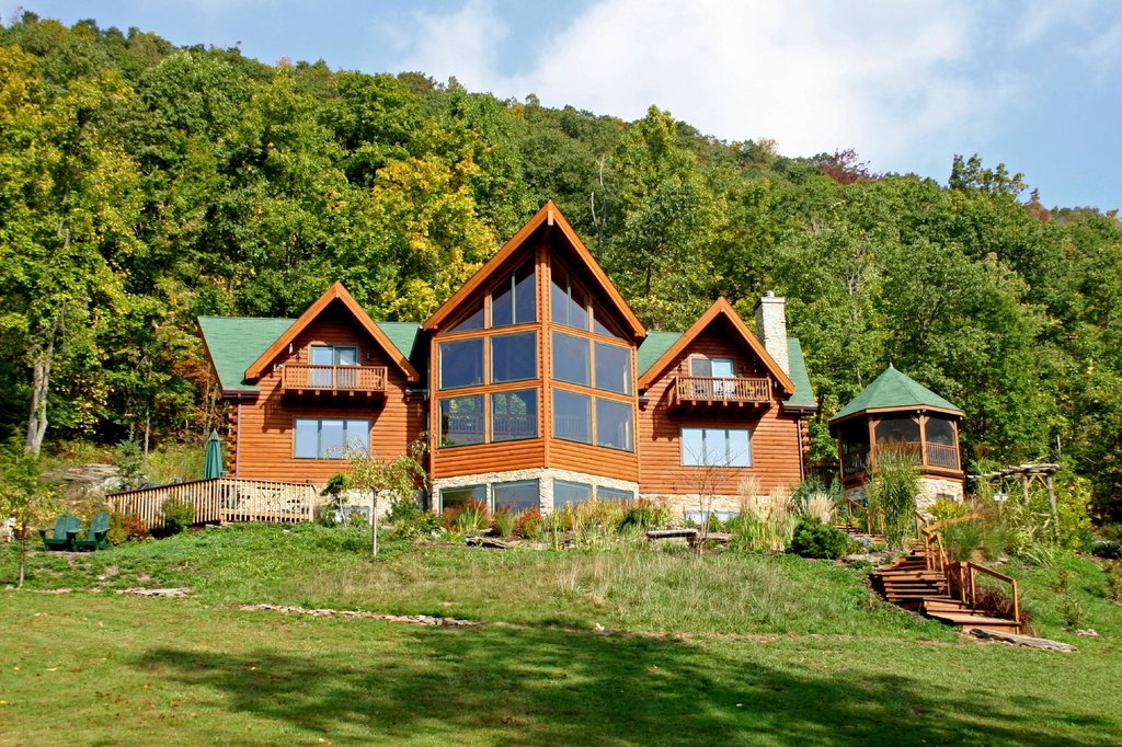 Mountain Hideaway Bed & Breakfast