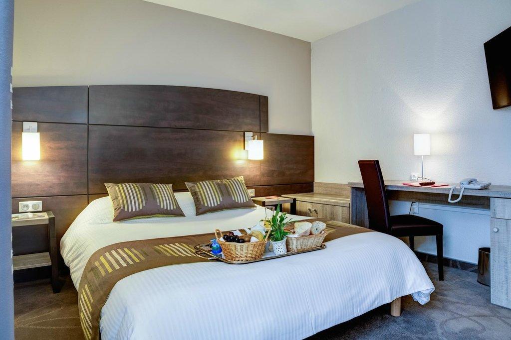 阿耶尼斯優質飯店