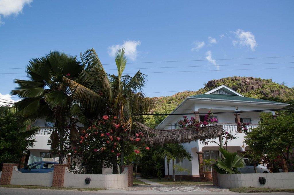 Kookaburra Village