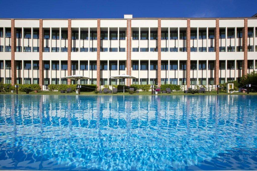 達芬奇羅馬機場飯店