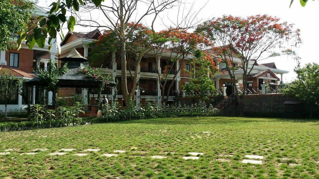 ブッダ マヤ ガーデン ホテル