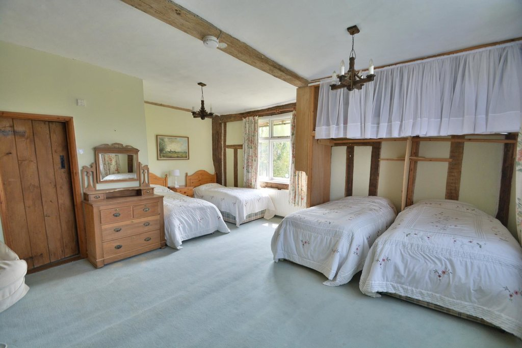 Tudor Farmhouse B & B