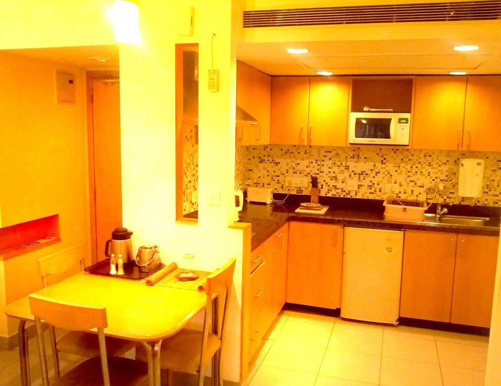 Tristar Service Apartments
