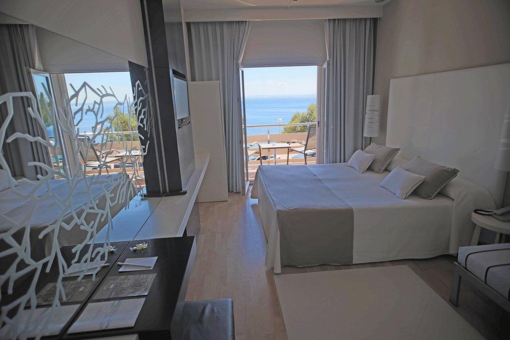 坎耶萊斯海灘飯店