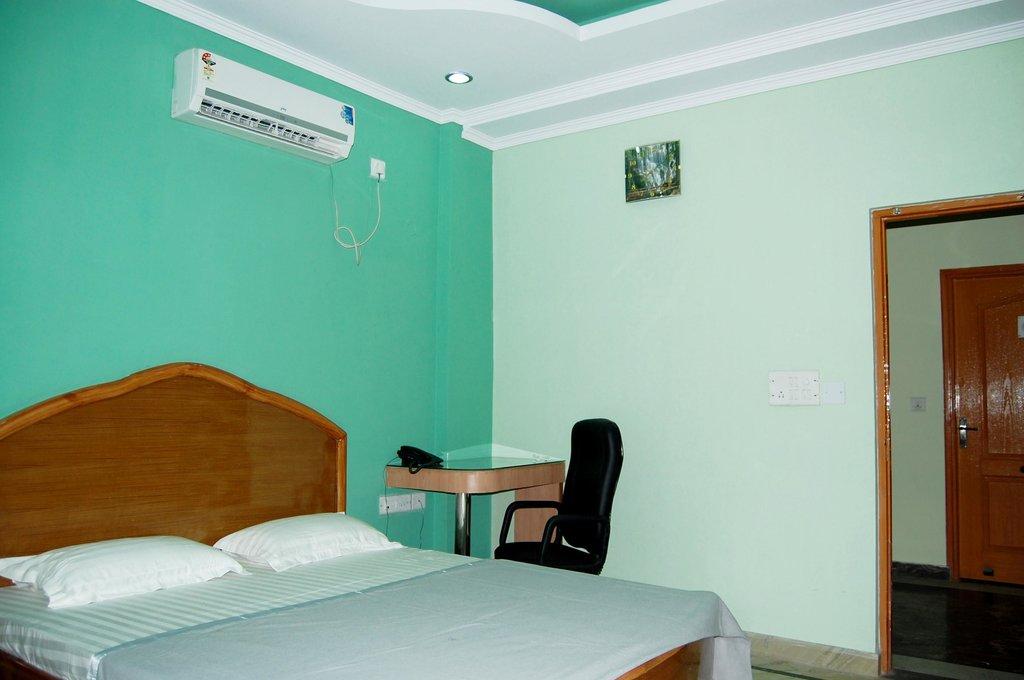 Madhur Regency Hotel