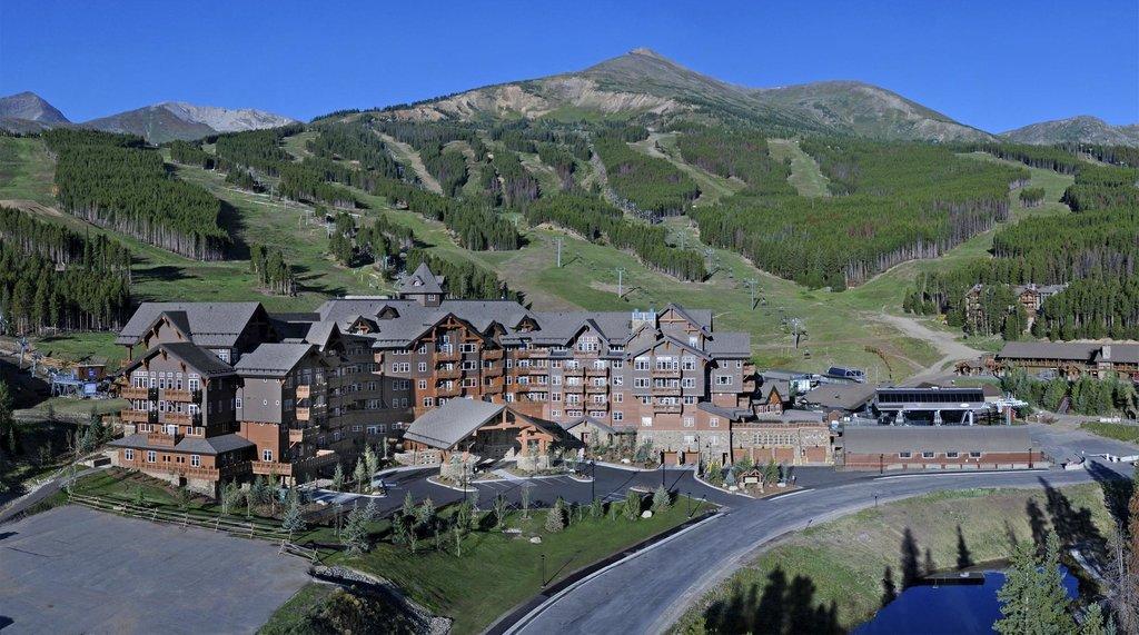 One Ski Hill Place, A RockResort