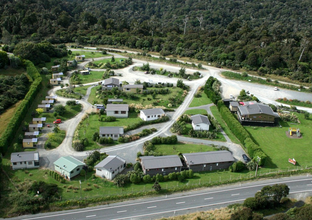 Catlins Kiwi Holiday Park at McLean Falls