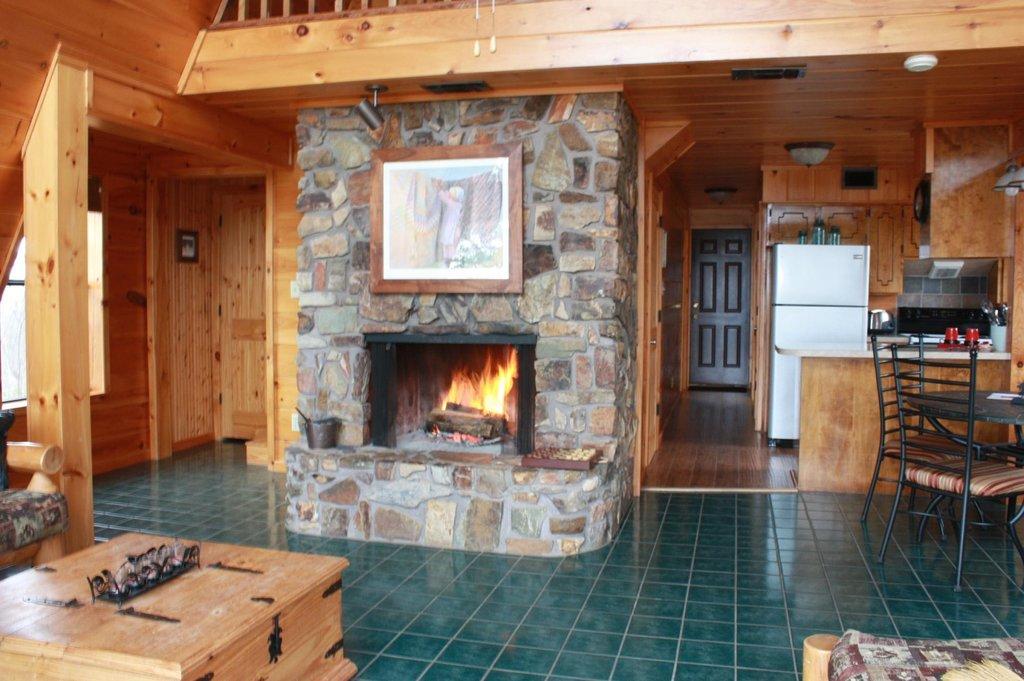 Peckerwood Knob Cabins